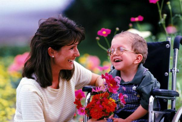 Мама и ребенок-инвалид