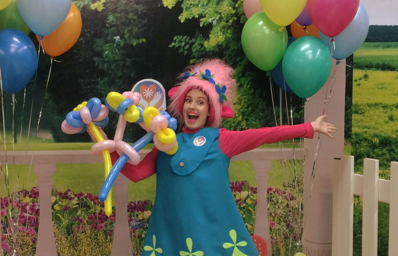 Аниматор с воздушными шарами