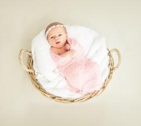 Младенец в корзинке