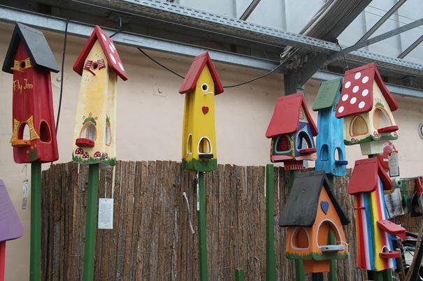 Как раскрасить кормушку для птиц 118