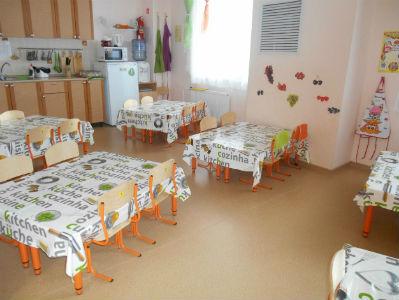 Малыш столы
