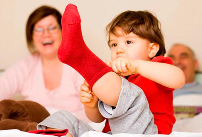 Картинки по запросу научить ребенка одеваться самостоятельно