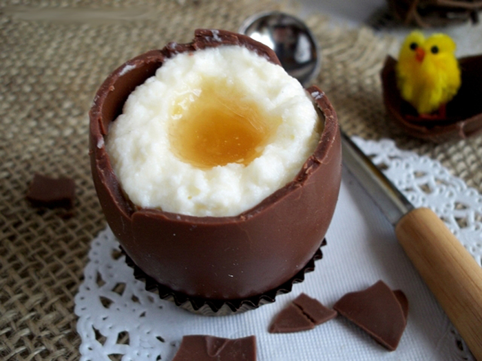 шоколадные яйца с кремом