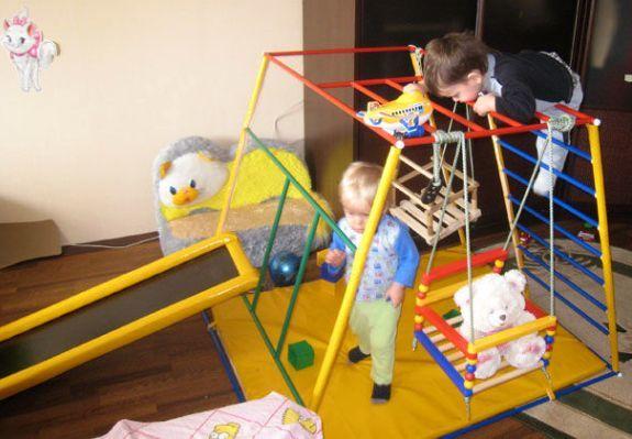 Детский домашний спортивный комплекс для малышей своими руками 5