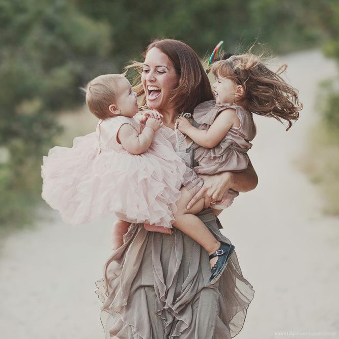 картинка о том что я сама счастливая мама ахти, сотик убитый