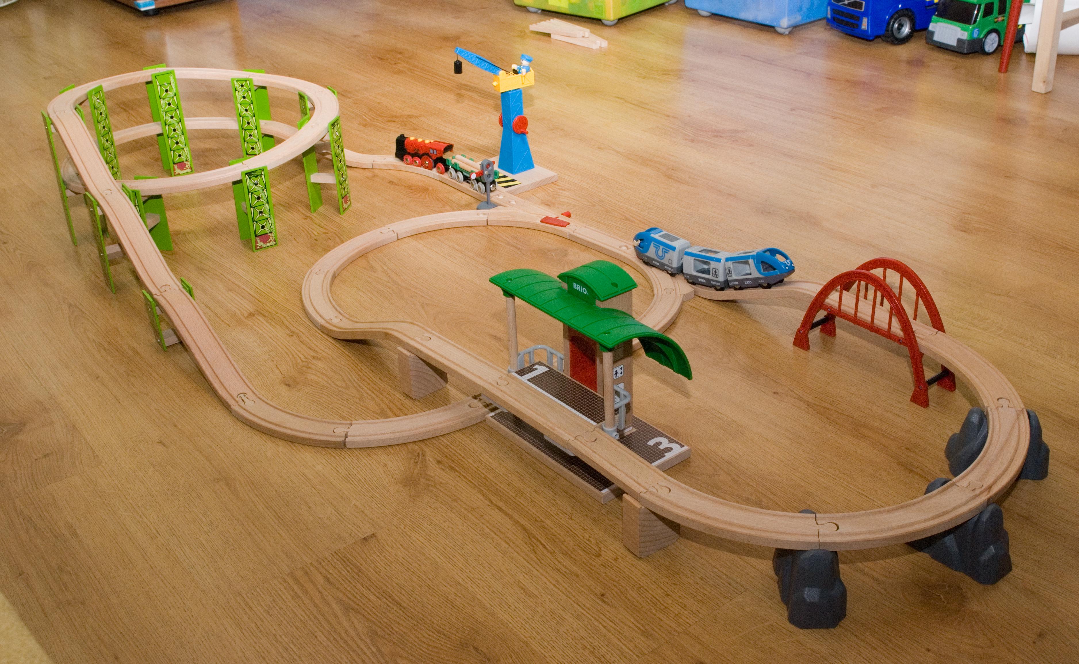Игрушка железная дорога своими руками