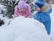 Мы не ели, мы не пили - бабу снежную лепили!